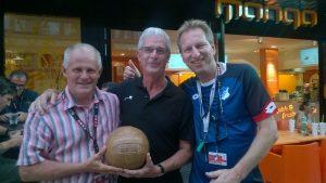 Charly mit Jim Casell ( ManCity ) und Coach von Leicester City